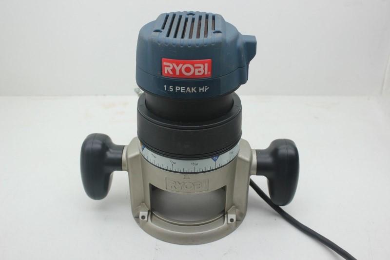 RYOBI Router R1801M1