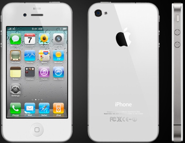 APPLE Cell Phone/Smart Phone IPHONE 4 MC679LL - 32GB