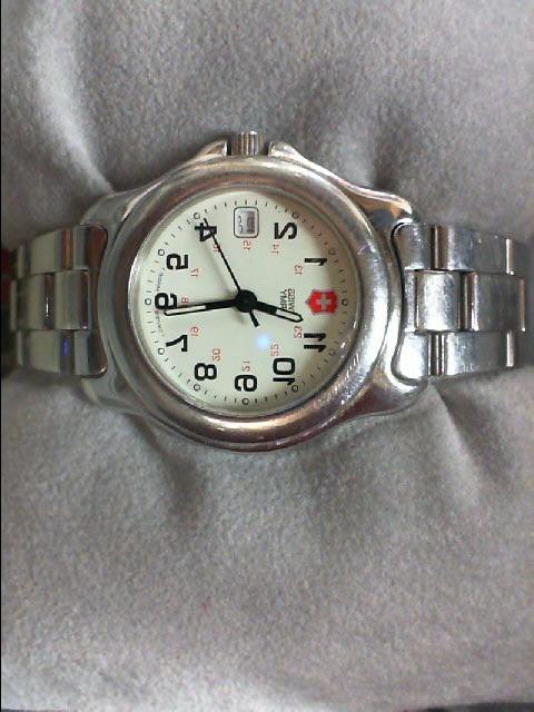 SWISS ARMY Lady's Wristwatch SAW-2210