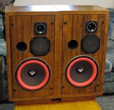 CERWIN VEGA Speakers/Subwoofer D-3