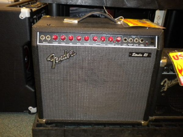 FENDER Electric Guitar Amp STUDIO 85