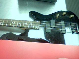 LYON BY WASHBURN Bass Guitar LB40