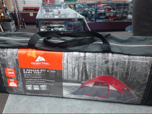 OZARK TRAIL Camping 4 PERSON DOME TENT
