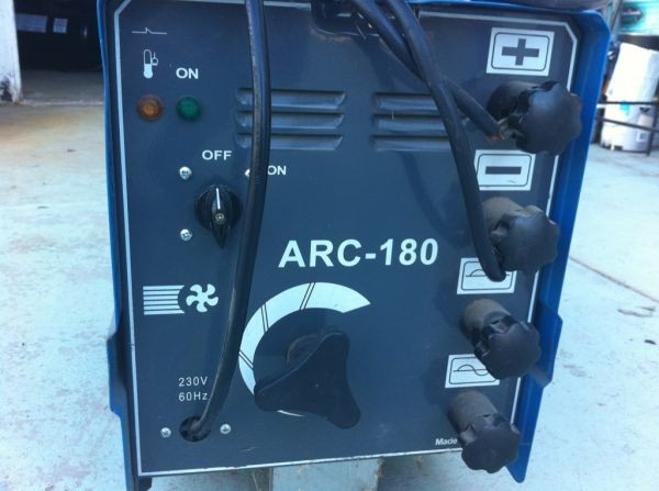 CHICAGO ELECTRIC Arc Welder ARC-180