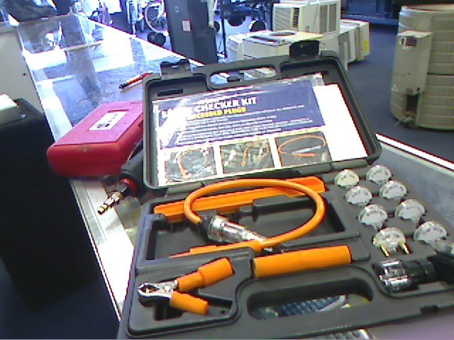 IN-LINE Diagnostic Tool/Equipment SPARK CHECKER KIT