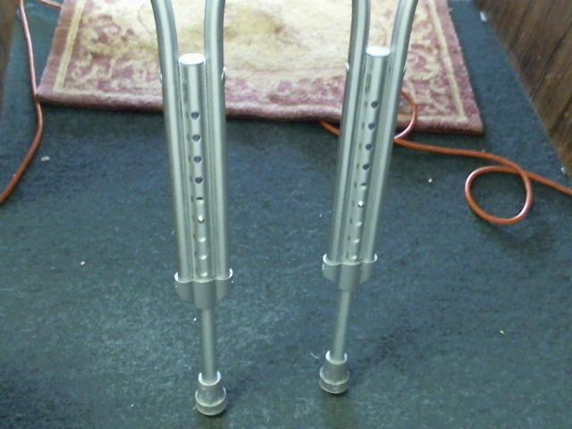 MEDICHOICE Wheelchair/Walker ALUMINUM CRUTCHES ADULT 77708A