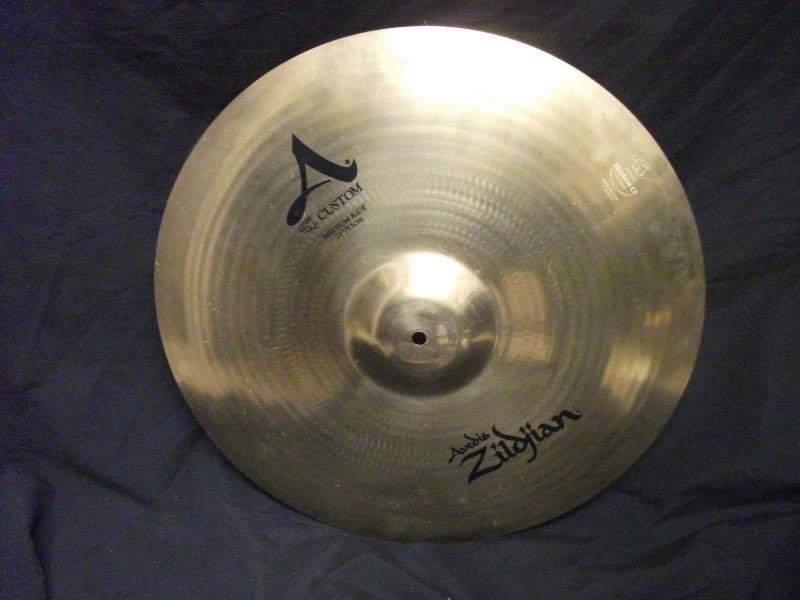 """ZILDJIAN Cymbal 21"""" A CUSTOM RIDE"""