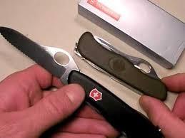 SWISS ARMY Pocket Knife VICTORINOX ONE HANDED TREKKE