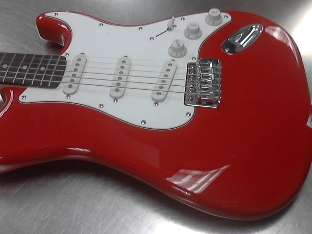 Electric Guitar STRATOCASTER