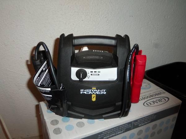 SCHUMACHER Battery/Charger INSTANT POWER XP400W