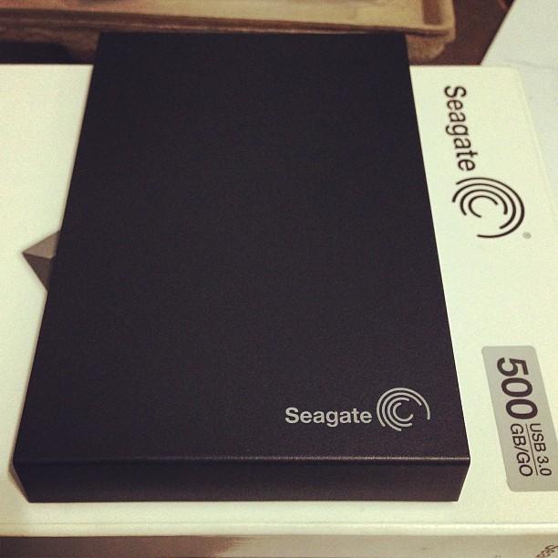 SEAGATE Computer Accessories SRD00F1