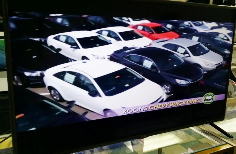 LG Flat Panel Television 42LB5600