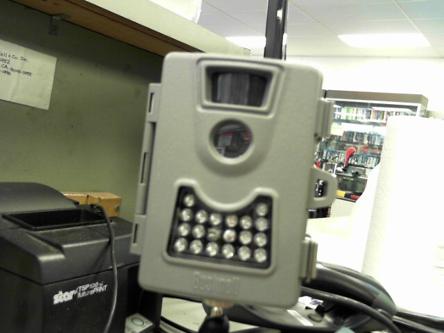 BUSHNELL Digital Camera M08D01Y2012