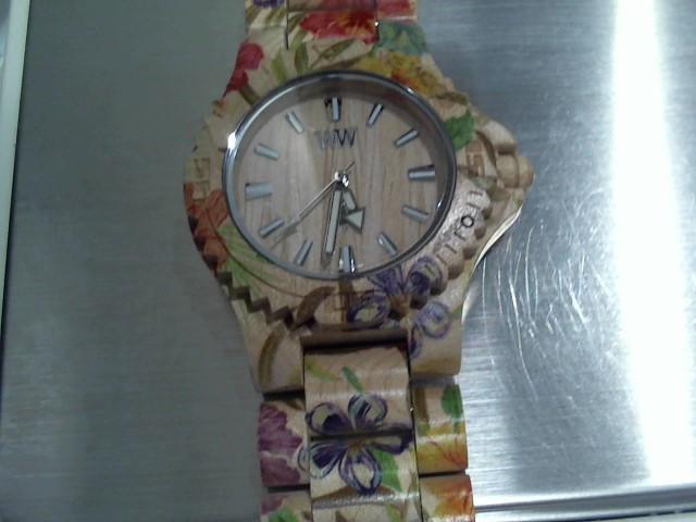 WEWOOD Lady's Wristwatch DATE FLOWER BEIGE