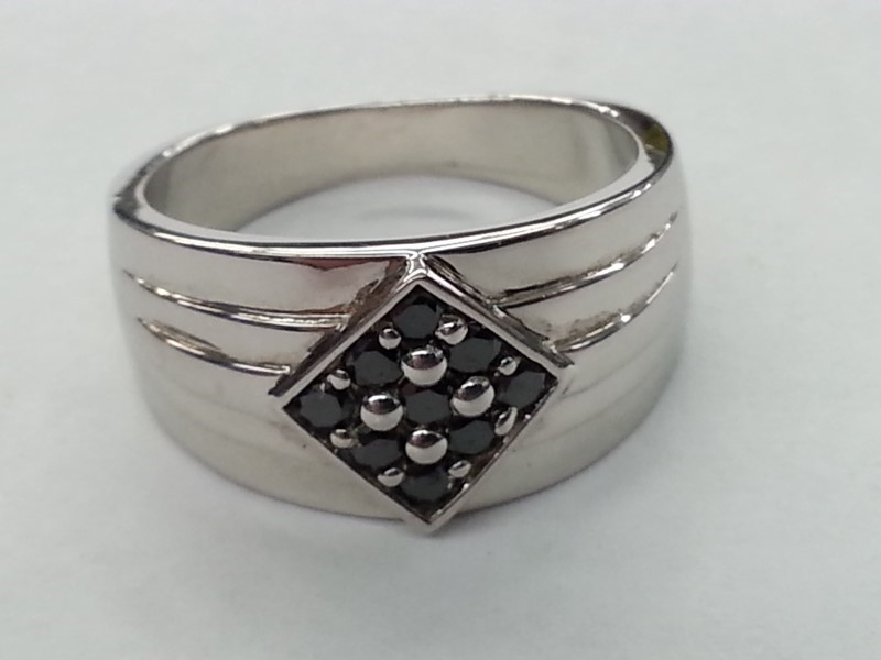 GENTS SILVER & DIAMOND RING 9 BLK DIAMONDS .27CTW SIZE # 10