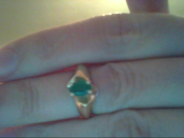 Synthetic Emerald Lady's Stone Ring 14K Yellow Gold 2.9g