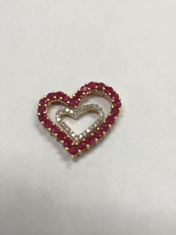 RUBY GOLD DIAMOND WITH 30 DIAMONDS DOUBLE HEART  .30 Carat T.W.