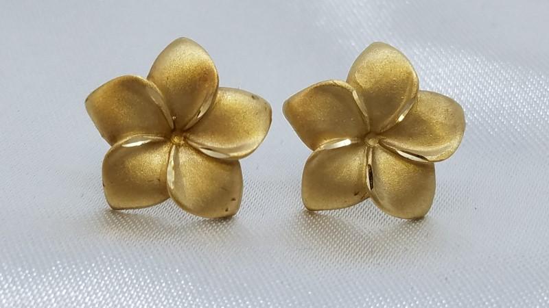 Plumeria Gold Stud Earrings 14K Yellow Gold