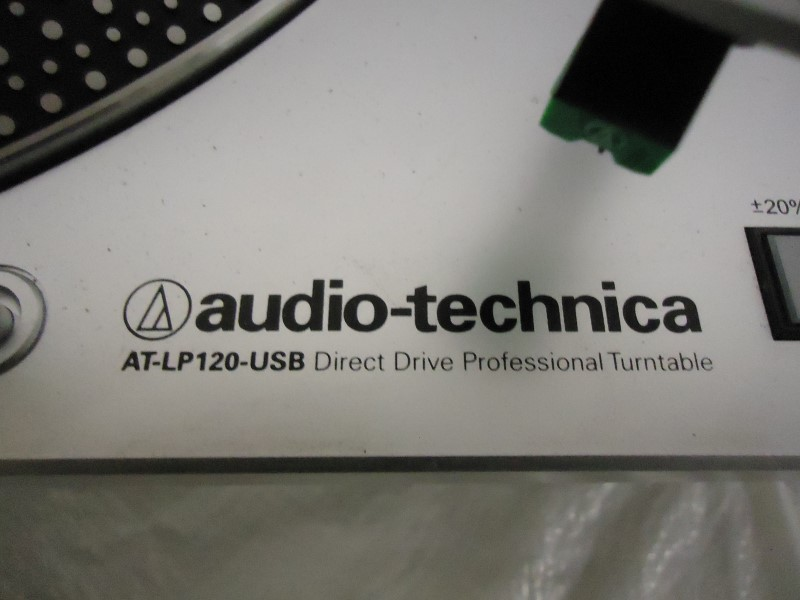 AUDIO-TECHNICA Turntable AT-LP120-USB