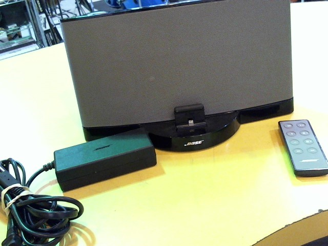 BOSE IPOD/MP3 Accessory SOUNDDOCK III