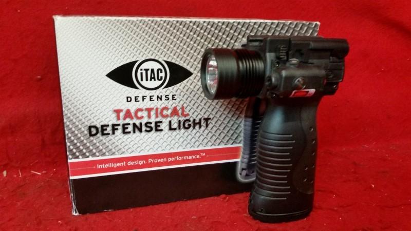 Itac Defense Ita Tactical Defense Light & Laser Vertical Grip