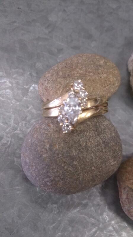 Lady's Diamond Wedding Band 7 Diamonds 0.64 Carat T.W. 14K Yellow Gold 4.4g