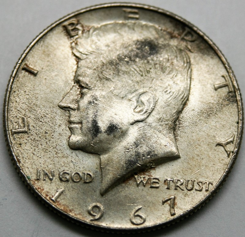 UNITED STATES SILVER 1967 KENNEDY - 1/2 DOLLAR