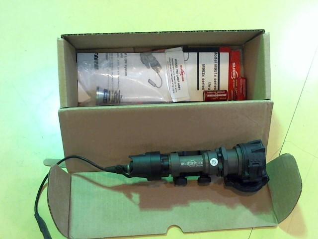 SUREFIRE Flashlight M951