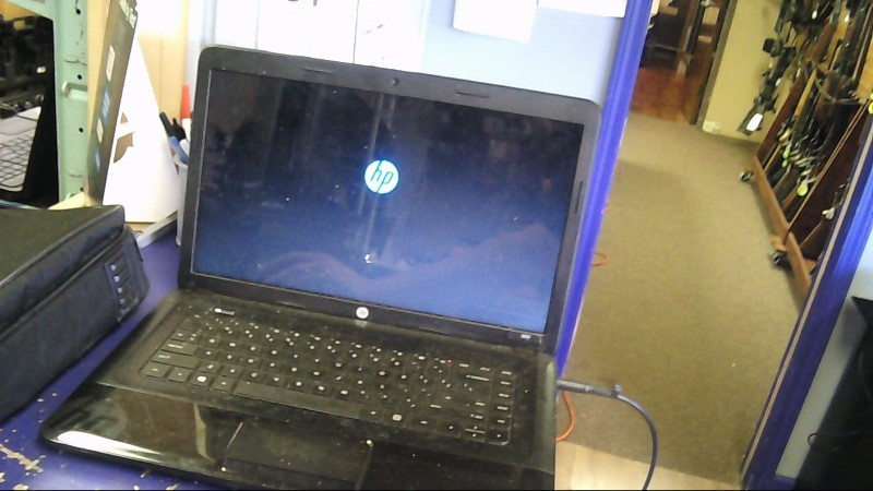HEWLETT PACKARD Laptop/Netbook 2000 NOTEBOOK