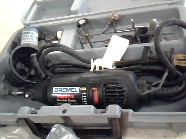 DREMEL MULTIPRO VARIABLE SPEED DREMEL WITH CASE AND ATTACHMENTS