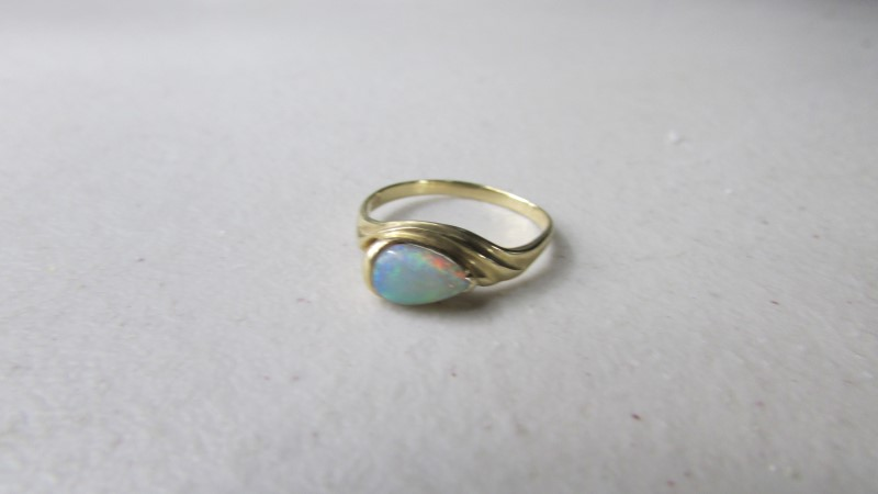 Opal Lady's Stone Ring 14K Yellow Gold 1.5g Size:6