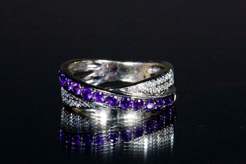 Amethyst Lady's Stone & Diamond Ring 19 Diamonds .19 Carat T.W. 14K White Gold