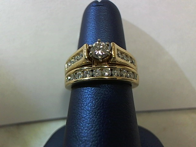 Lady's Diamond Wedding Set 19 Diamonds .79 Carat T.W. 14K Yellow Gold 9.3g