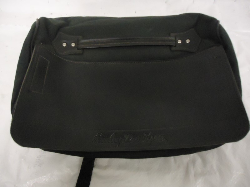 HARLEY DAVIDSON Motorcycle Part SISSY BAR TOOL BAG