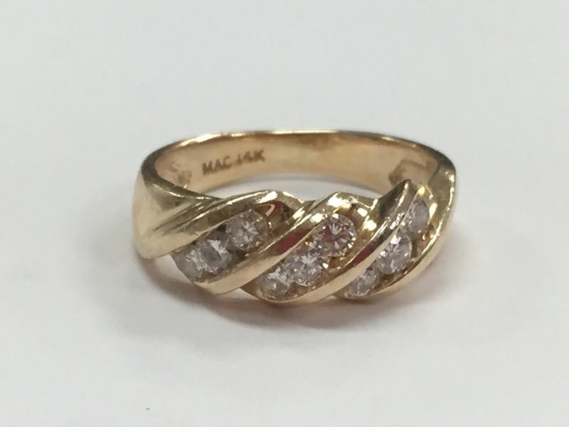14K DIAMOND RING .63 CARAT T.W. YELLOW GOLD SIZE 4.5