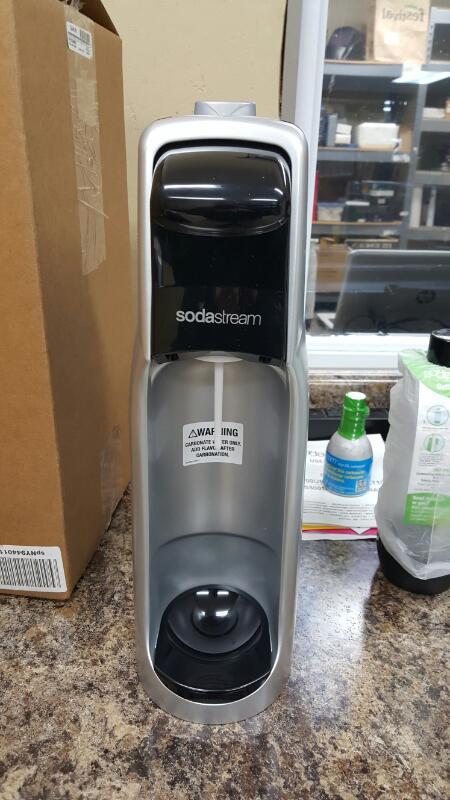 SodaStream C100 / Cool Jet Black Home Soda Maker Kit