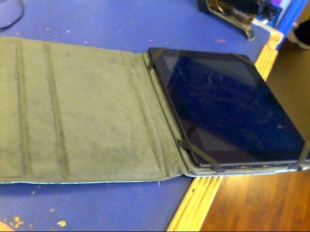 KYROS Tablet MID9742