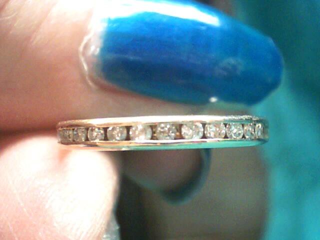 Lady's Diamond Wedding Band 12 Diamonds .12 Carat T.W. 10K Yellow Gold 1dwt