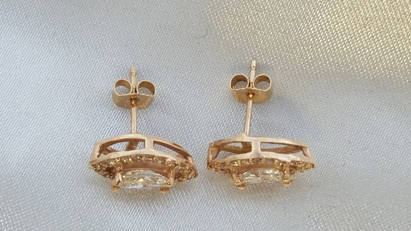 Gold-Diamond Earrings 46 Diamonds 1.54 Carat T.W. 14K Rose Gold 2.7g