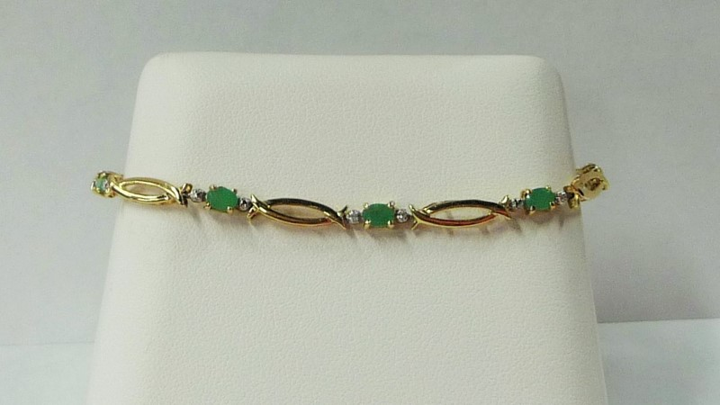 Synthetic Jade Gold-Stone Bracelet 10K Yellow Gold 2.46dwt