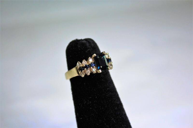 Sapphire Lady's Stone & Diamond Ring 12 Diamonds .36 Carat T.W. 14K Yellow Gold