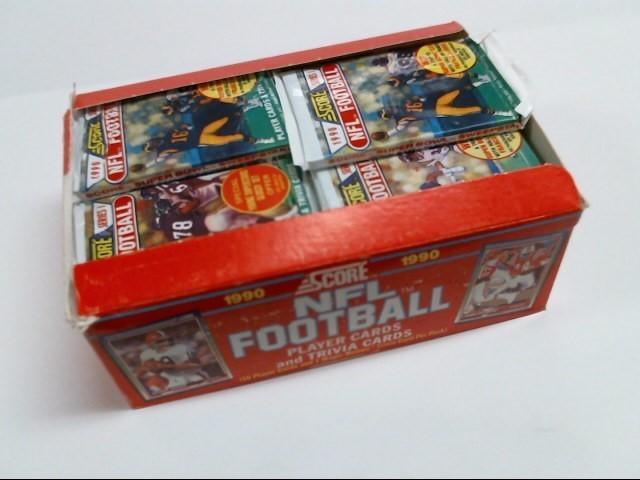 SCORE Sports Memorabilia 1990 SCORE NFL FOOTBALL