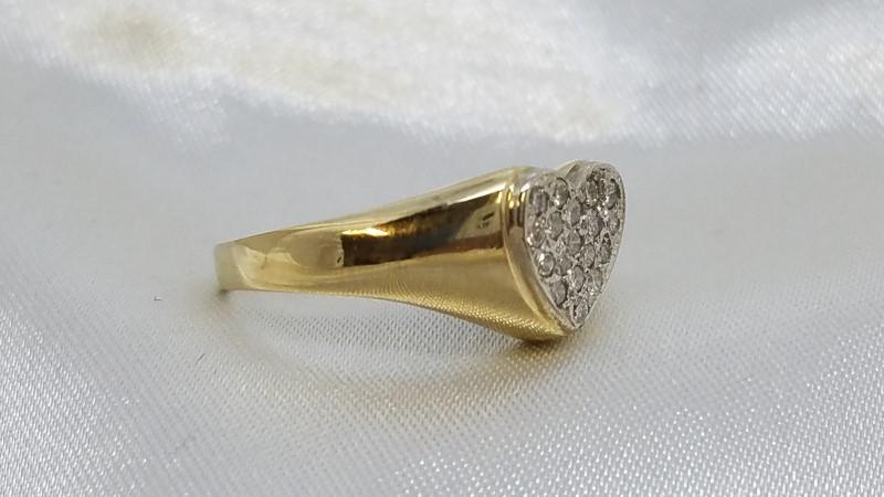 Lady's Diamond Heart Ring 18 Diamonds .36 Carat T.W. 14K Yellow Gold 3.4g