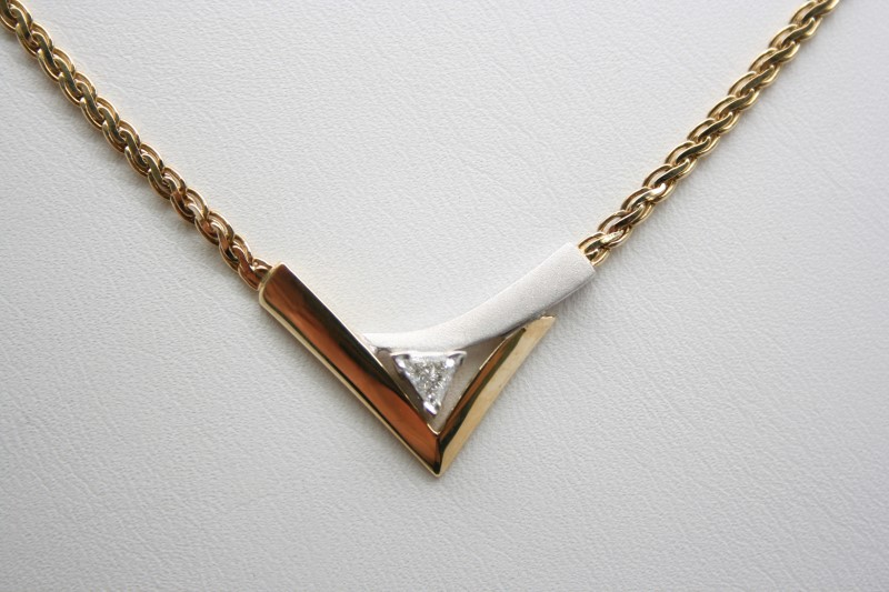 FASHION STYLE NECKLACE DIAMOND 2T 14K GOLD