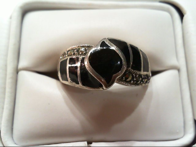 Lady's Silver Ring 925 Silver 5.8g