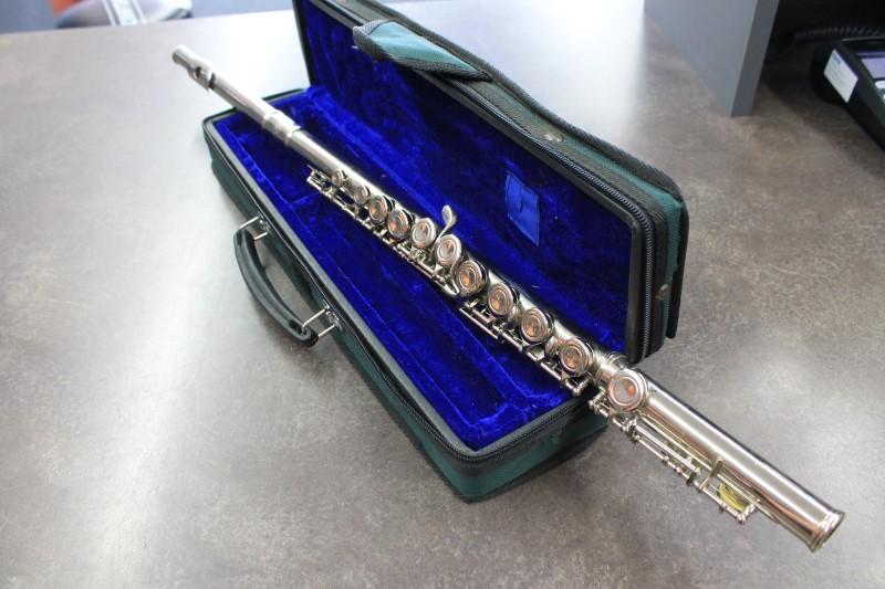 HUDNG  flute