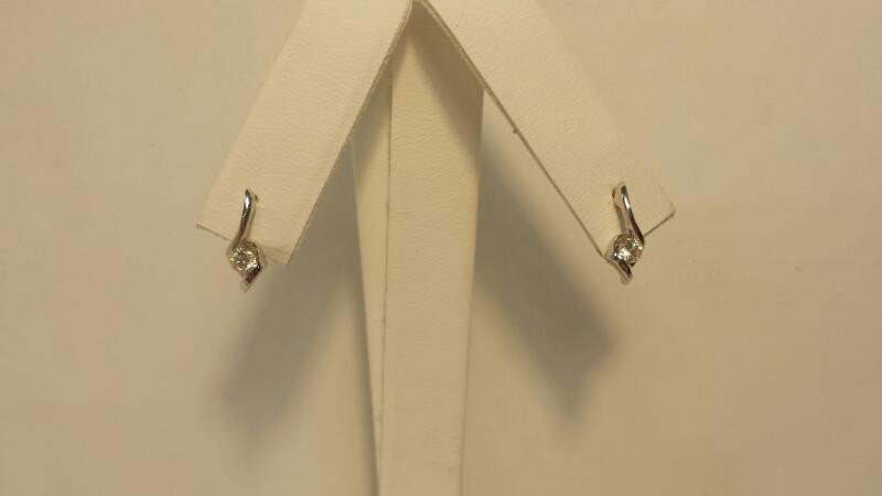 14k White Gold Earrings with 2 Diamonds at .28ctw - .8dwt - Pair