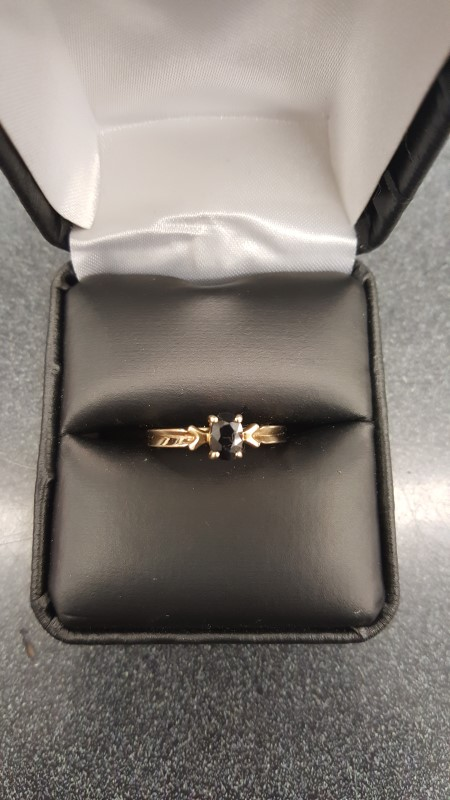 Blue Stone Lady's Stone Ring 10K Yellow Gold 1.5g