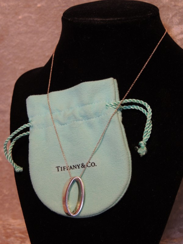 Tiffany & Co. Sterling Silver Oval Geometric Necklace RARE AUITHENTIC