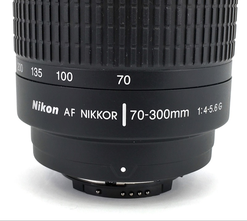 NIKON 70-300mm AF ZOOM-NIKKOR f/4-5.6G MANUAL.